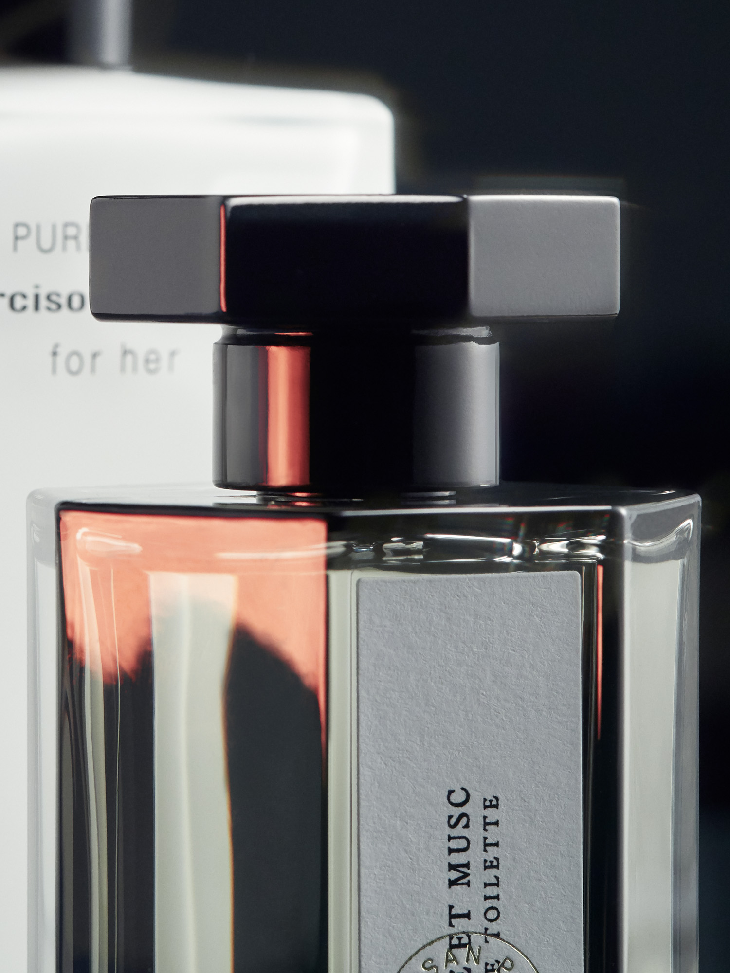 Usage Magazine MUSK, A PURE AND INTIMATE OLFACTIVE EXPERIENCE